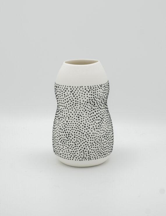 porcelain vase black dots 15 cm